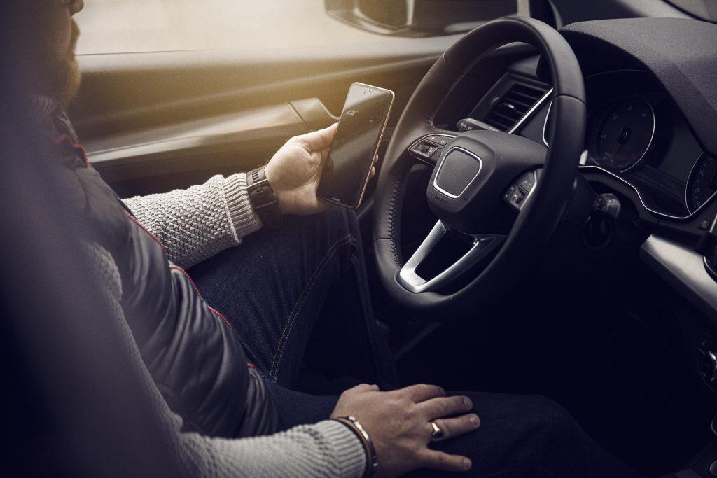 Elektronisk körjournal enkelt i företagsbil